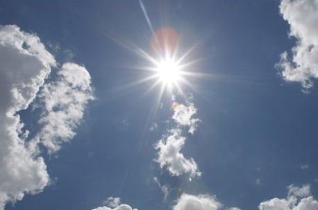 ¤ Le plus grand cover-up de tous les temps : Le soleil est devenu blanc ! dans Bizarreries météo soleil+blanc