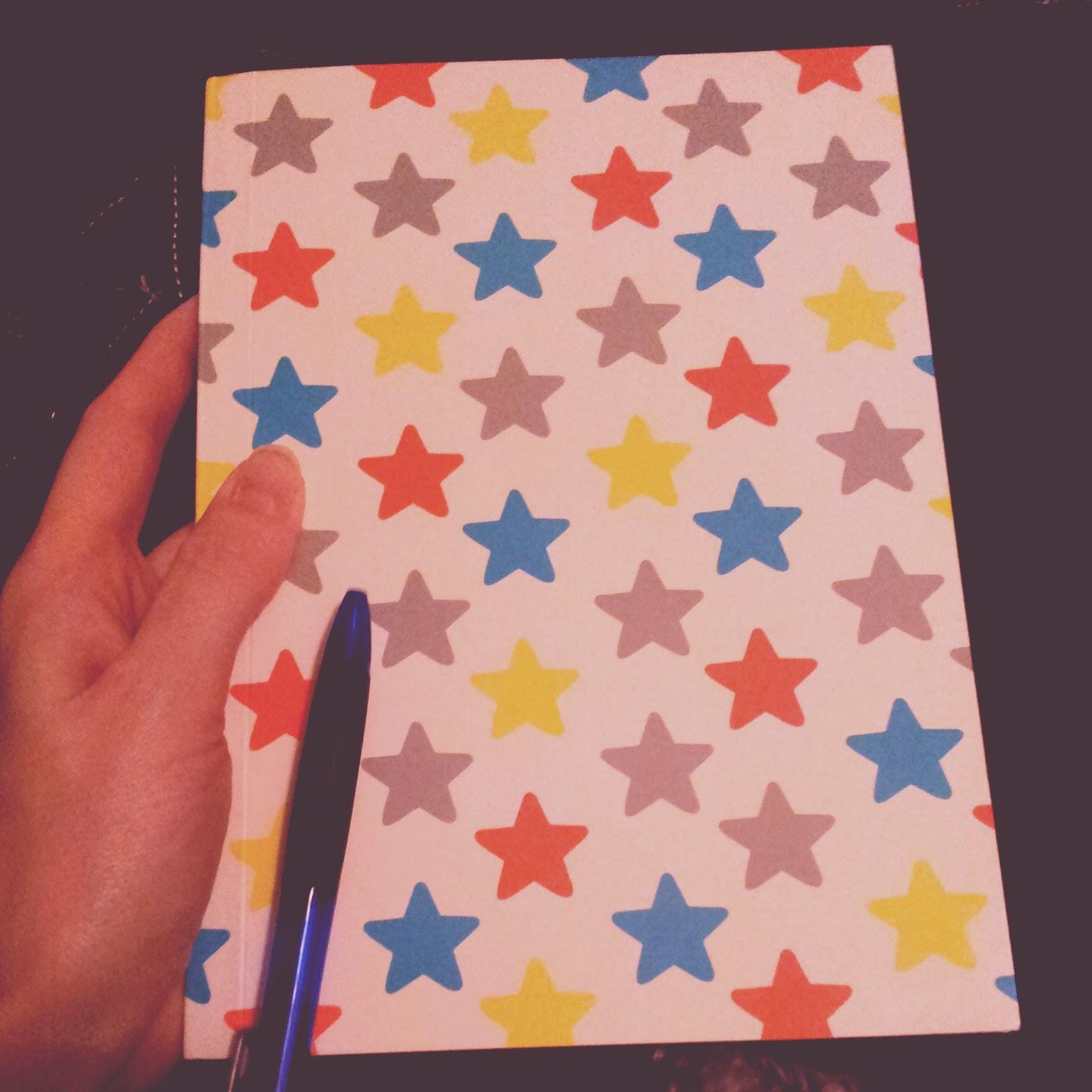 notebook wedding planning organiseren schrijven bruiloft plannen