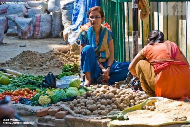 நேபாளம்-அழகான படங்கள்.... Nepal+-+Vegetable+vendor