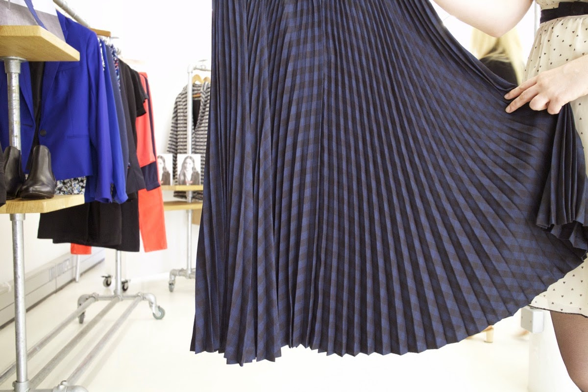 comptoir des cotonniers aw15 press day pleated skirt portas agency