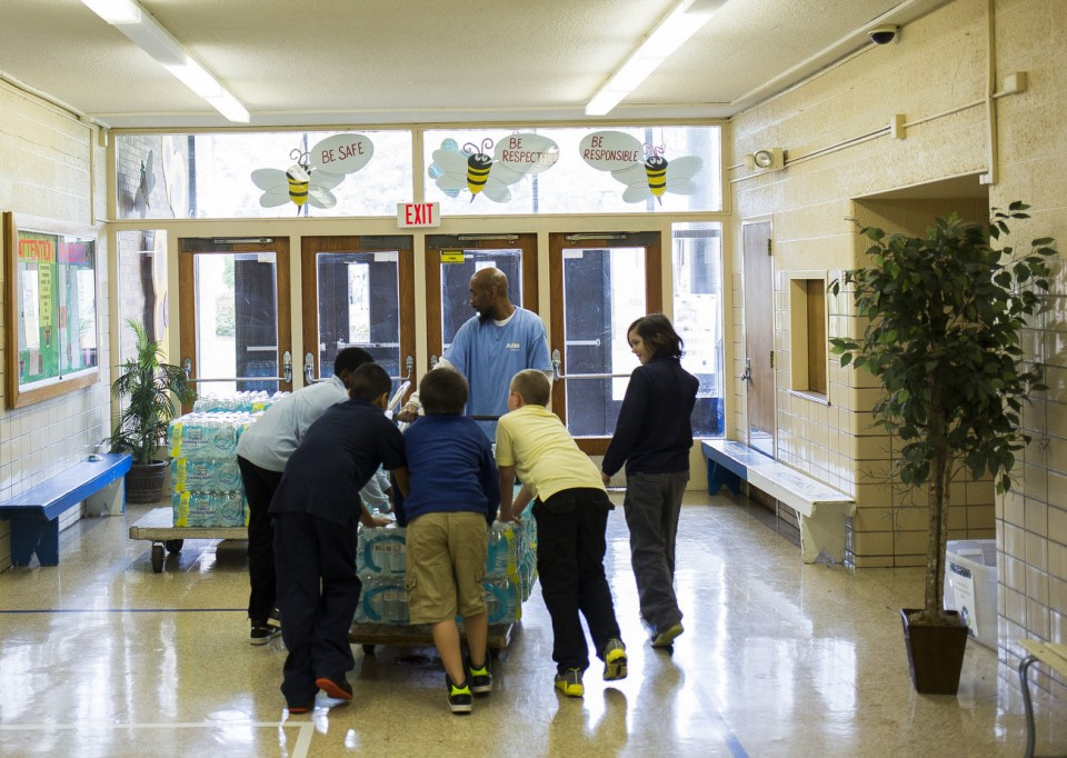 The Rude Pundit: Freeman Elementary School in Flint, Michigan: A ...