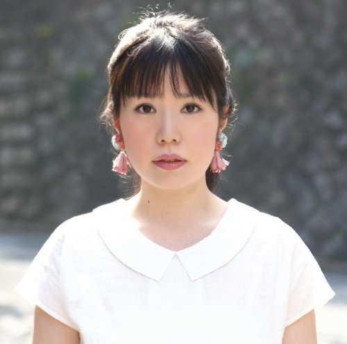 [Album] かくら美慧 – 女生徒 (2015.05.20/MP3/RAR)