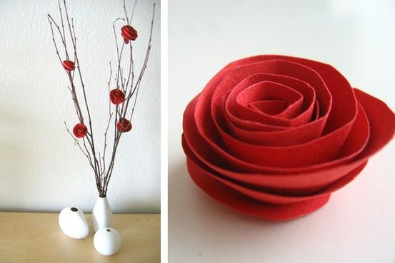 Widyaa: Kerajinan Tangan Dari Kertas Bekas, Bunga Mawar Kertas
