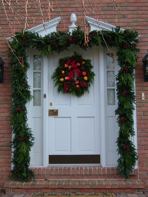 Decorating Ideas > Pictures Of Christmas Door Decorating  Latest Fashion 360 ~ 010019_Christmas Decorating Ideas Doors