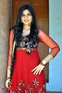Deepsika Picture Gallery in Salwar Kameez at Jayan Creations Movie Opening 0020