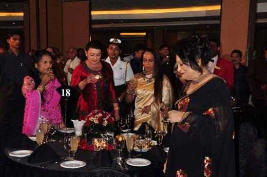gossip9 + shiranthi dancing at soma ediringhe party