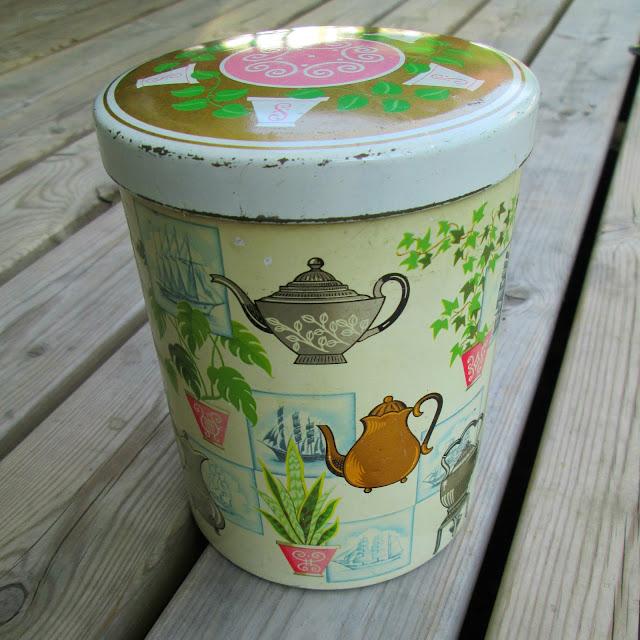 1950's tea tin british mod century pink