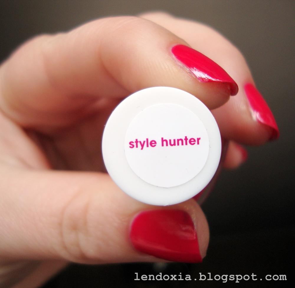 Essie Style hunter nail polish