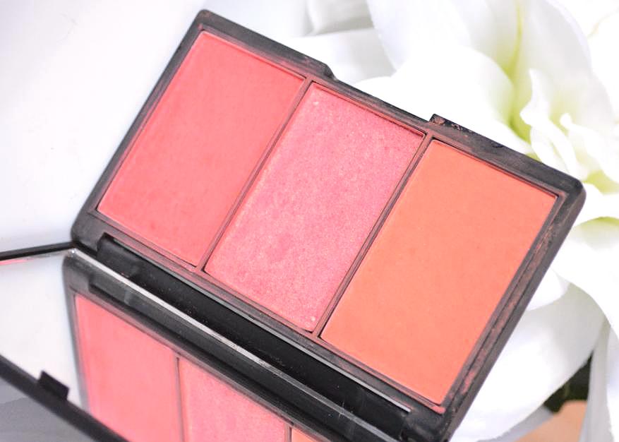 Amazoncom Sleek Make up Blush with Mirror Lifes a