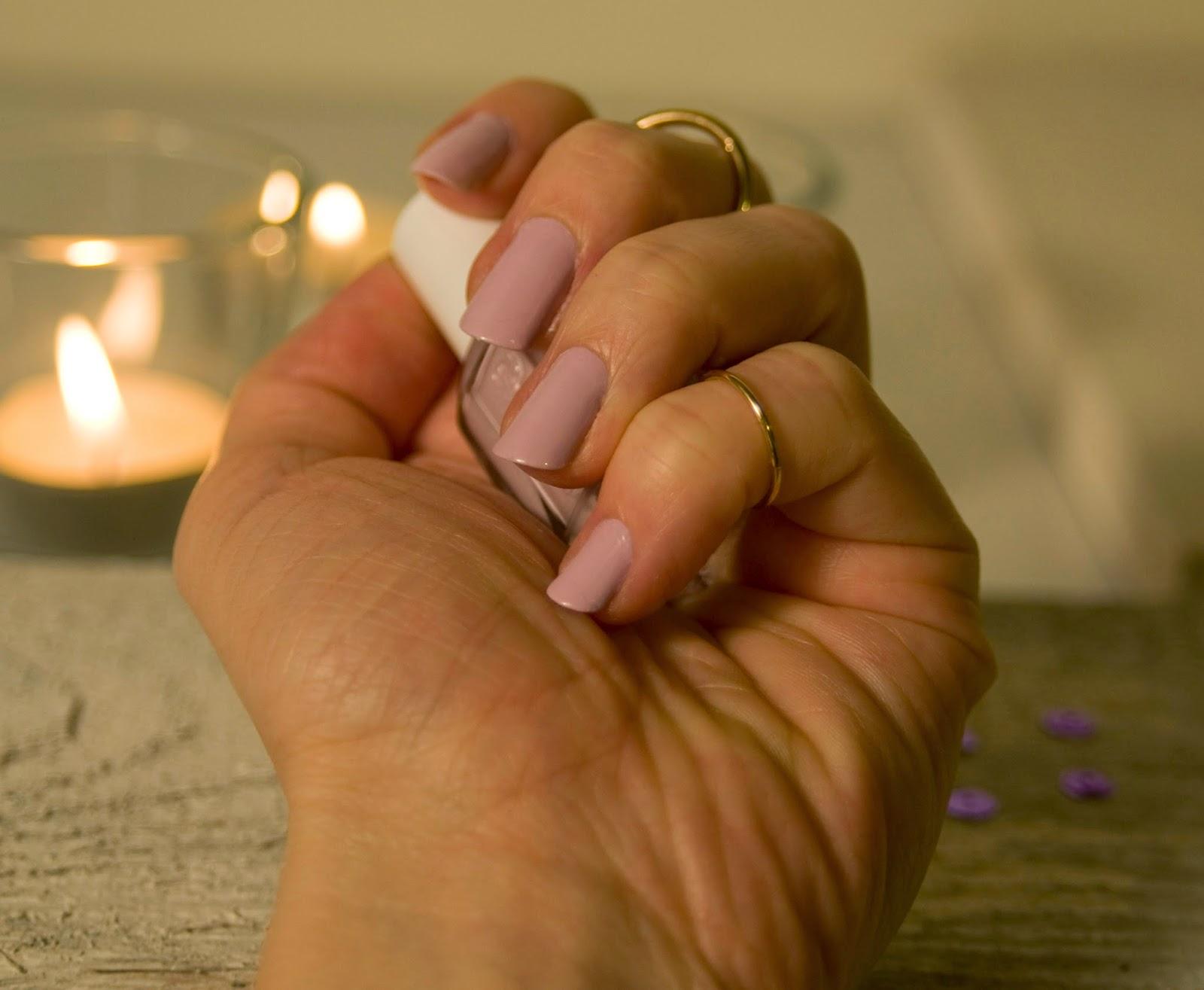 Moja Propozycja Manicure Na ślub Delikatny Pastelowy Róż Na