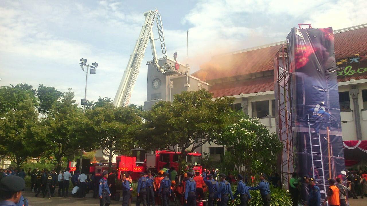 HUT pemadam kebakaran surabaya 2015