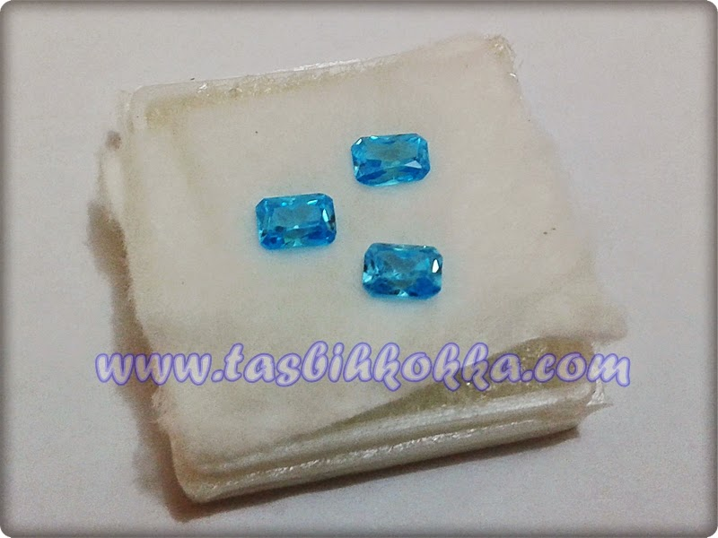 Aquamarine Biru Kecil