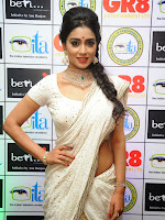 Shriya Saran latest pics at Gr8 Women Awards-cover-photo