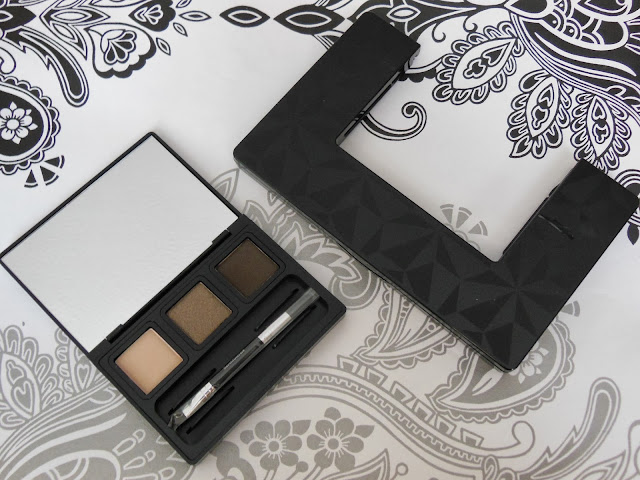 Bare Minerals Ready Convertible eye shadow palette pop out palette