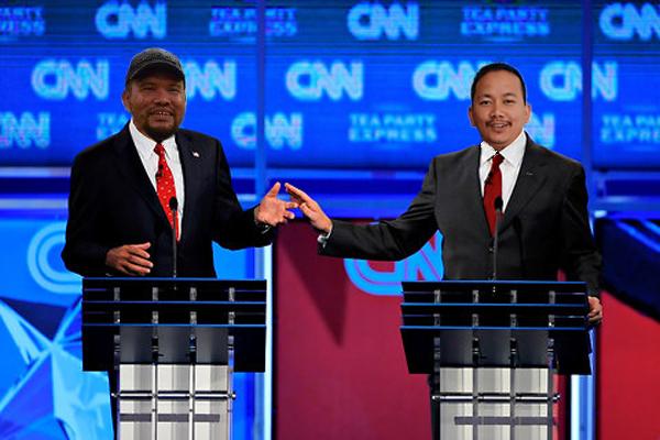 Eyriqazz Vs Denaihati - tercabar di luar negeri, debat SEO CNN Senator Eyriqazz versus Presiden Denaihati