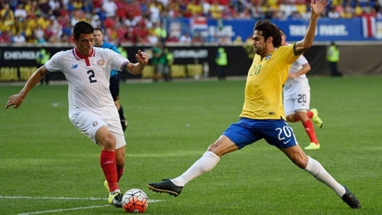 Kaká atuou por 25 minutos no amistoso contra a Costa Rica