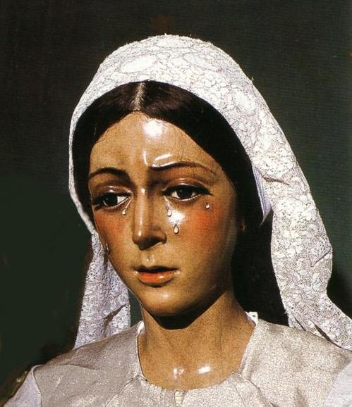 En la Basilica de la Esperanza Macarena