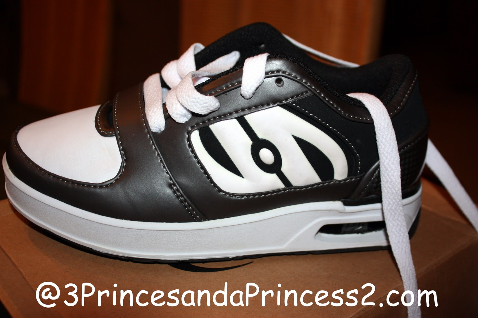 Heely skate shoes reviews - They Are A Great Fit And The Boys Love Them I Would However Recommend A Size Bigger Then You Or Your Child Normally Wears There Are So Many Styles To