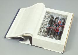 Bomb buku