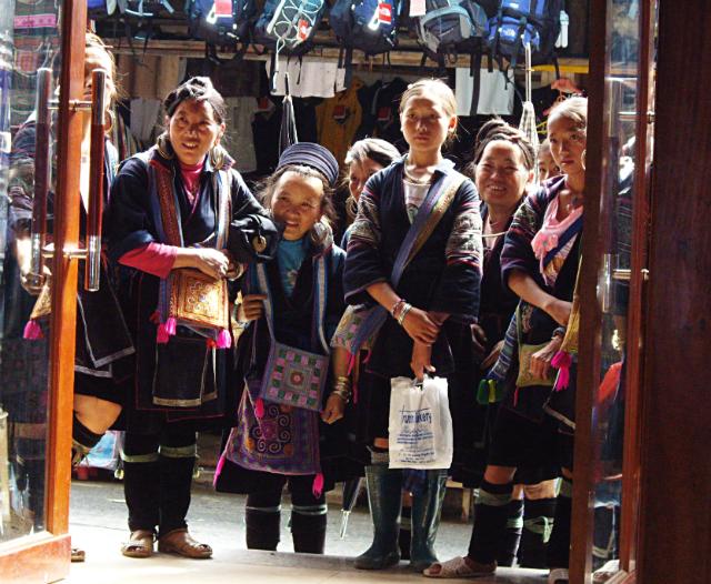 Sapa-valley-hmong
