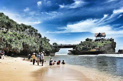 Jembatan Penghunbung ke Pulau Jumino