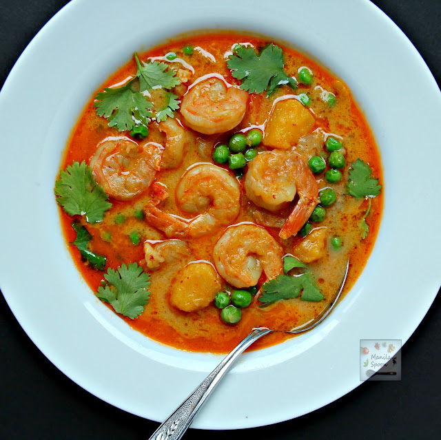 ... Thai Shrimp Curry. Spicy scrumptiousness guaranteed! #easy #Thai #