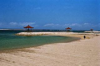 Melancong Ke Pantai Sindu