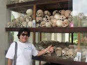 Killing Field di Cambodia..tinggal tengkorak je..kesian