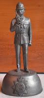 Patung Timah Metropolitan Police England