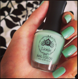 Lioele Nail Color #38 on my nails