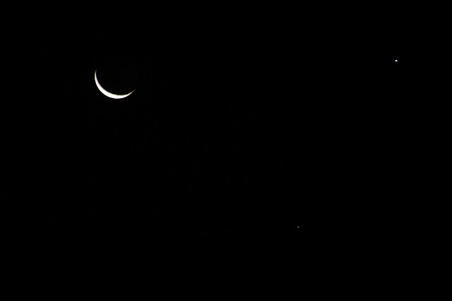 The moon Venus and Saturn