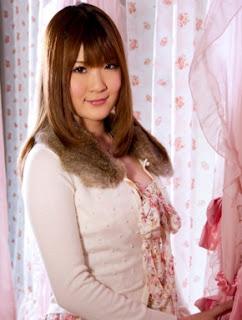 Gallery Foto telanjang Momoka Nishima - Artis Japan Adult Video (JAV)