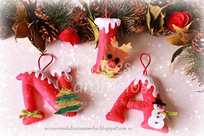 Iniciales en fieltro personalizadas para decorar tu árbol de navidad
