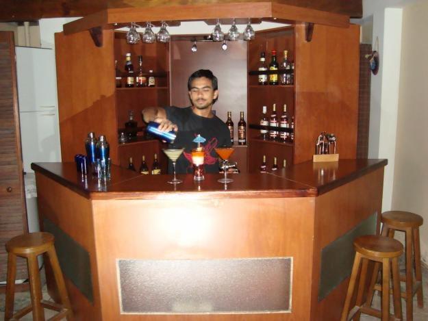 Decora hogar decoraci n del bar para celebrar en casa - Bares pequenos para casas ...