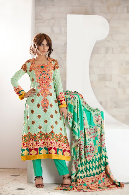 FirdousWinterColectioninEmbroudered252832529 - Firdous Embroidered Range for Winter 2012