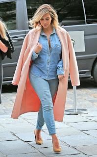 http://1.bp.blogspot.com/-VgXdjZZugp8/Umf3D7ZuoNI/AAAAAAAAFTE/Txy1eM2-8f8/s1600/pasionforfashion+pink+coats+blog.jpg