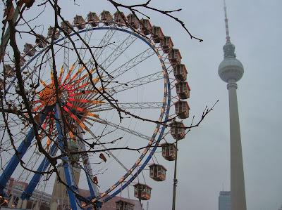 Torre de la Televisión (Fersehturm), Berlin, Alemania, round the world, La vuelta al mundo de Asun y Ricardo, mundoporlibre.com