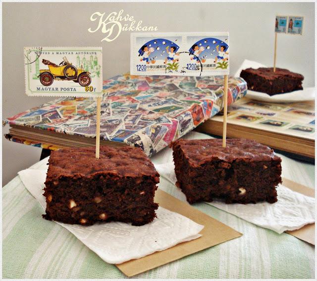 havuçlu kek , kakaolu kek fındık parçalı kek