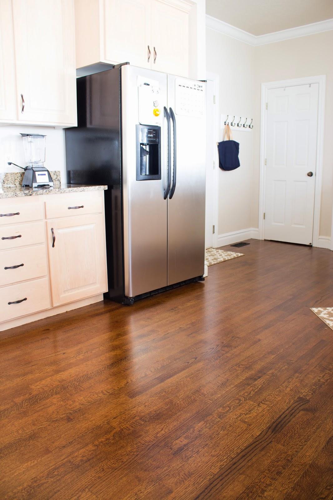 Do it yourself divas diy how to refinish harwood floors solutioingenieria Images