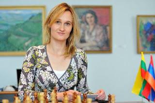 Echecs à Dilijan : Viktorija Cmilyte (2511)