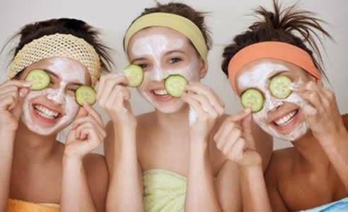 Bahan Untuk Membuat Masker Alami