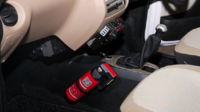binh cuu hoa dat dung 1 - Bình cứu hỏa cho xe Ô tô: Mua loại nào, Cách lắp đặt trên xe ?