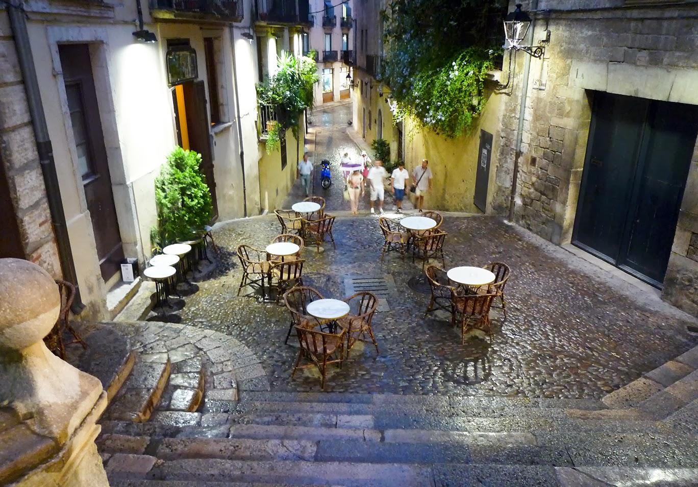 Girona una ciudad con mucho encanto dosmaletas - Casco antiguo de girona ...