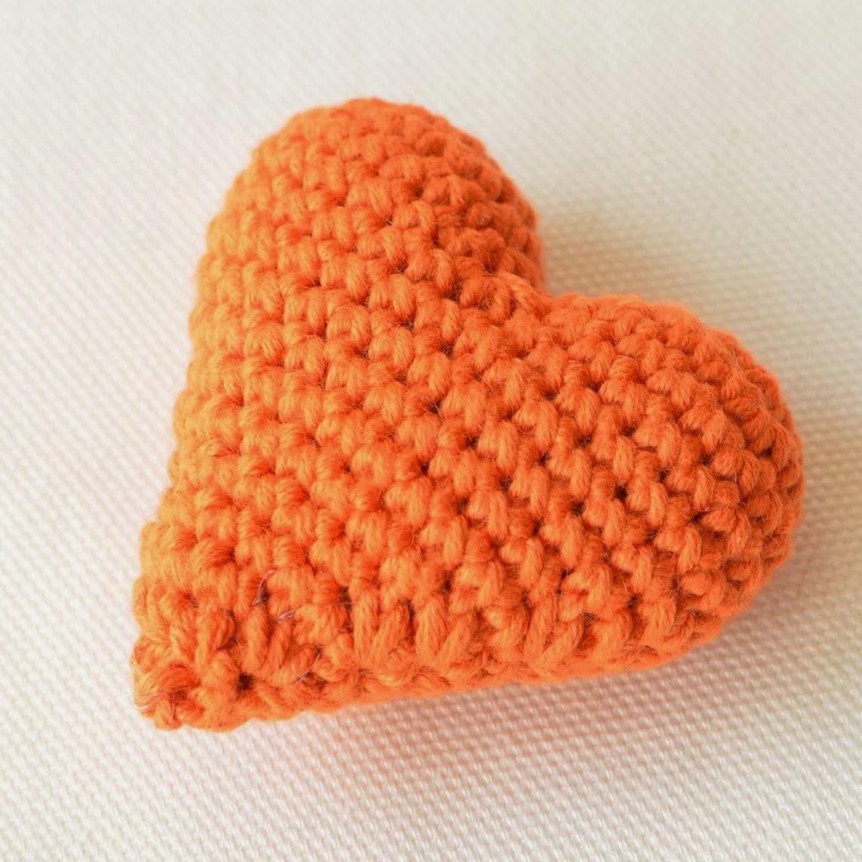 Crocheted heart free tutorial