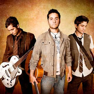 Boyce Avenue – Glad You Came Lyrics | Letras | Lirik | Tekst | Text | Testo | Paroles - Source: musicjuzz.blogspot.com