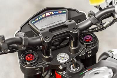 Modifikasi Motor Ducati Bergaya Robotik