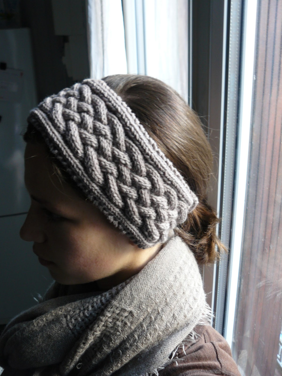 Cable Knit Headband Free Pattern : The Woven Home: Knitting Projects: Cabled Headband