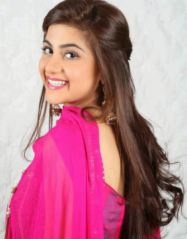 http://funkidos.com/pakistani-models-actors/sohai-ali-abro-photos-and-biography
