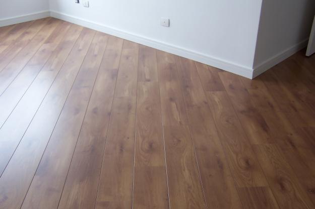 Construindo um castelinho piso laminado ou porcelanato - Compartir piso en malta ...