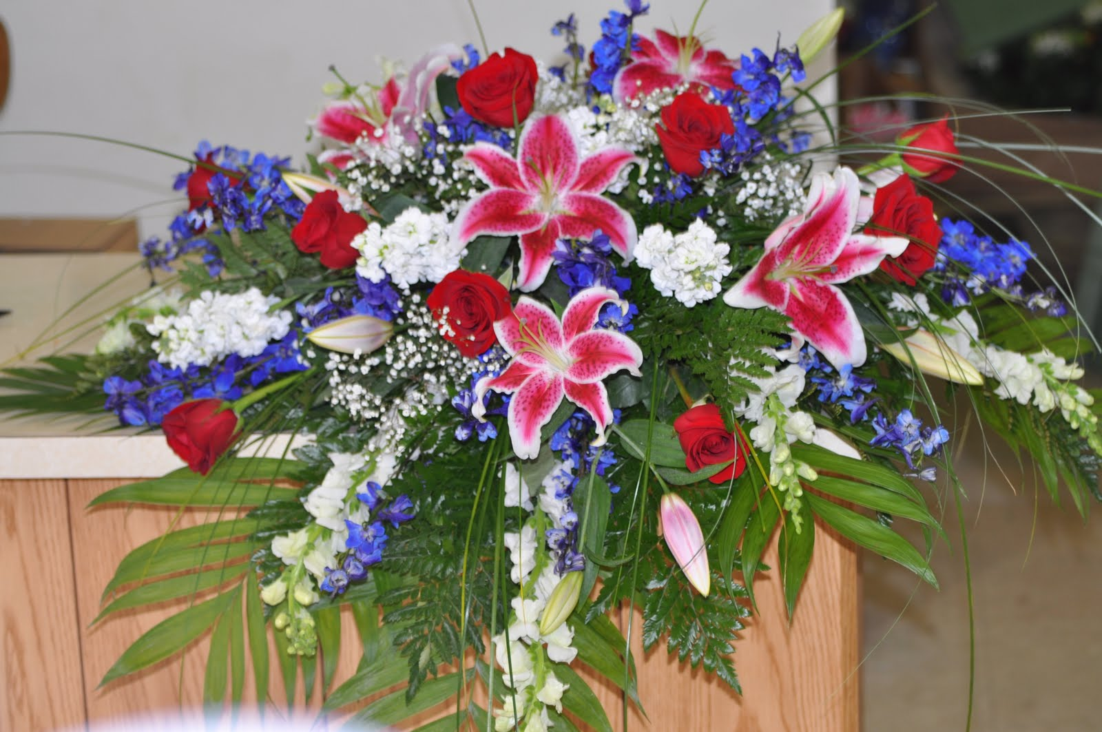 New funeral flower arrangements here are a few casket sprays that i made since my last post izmirmasajfo